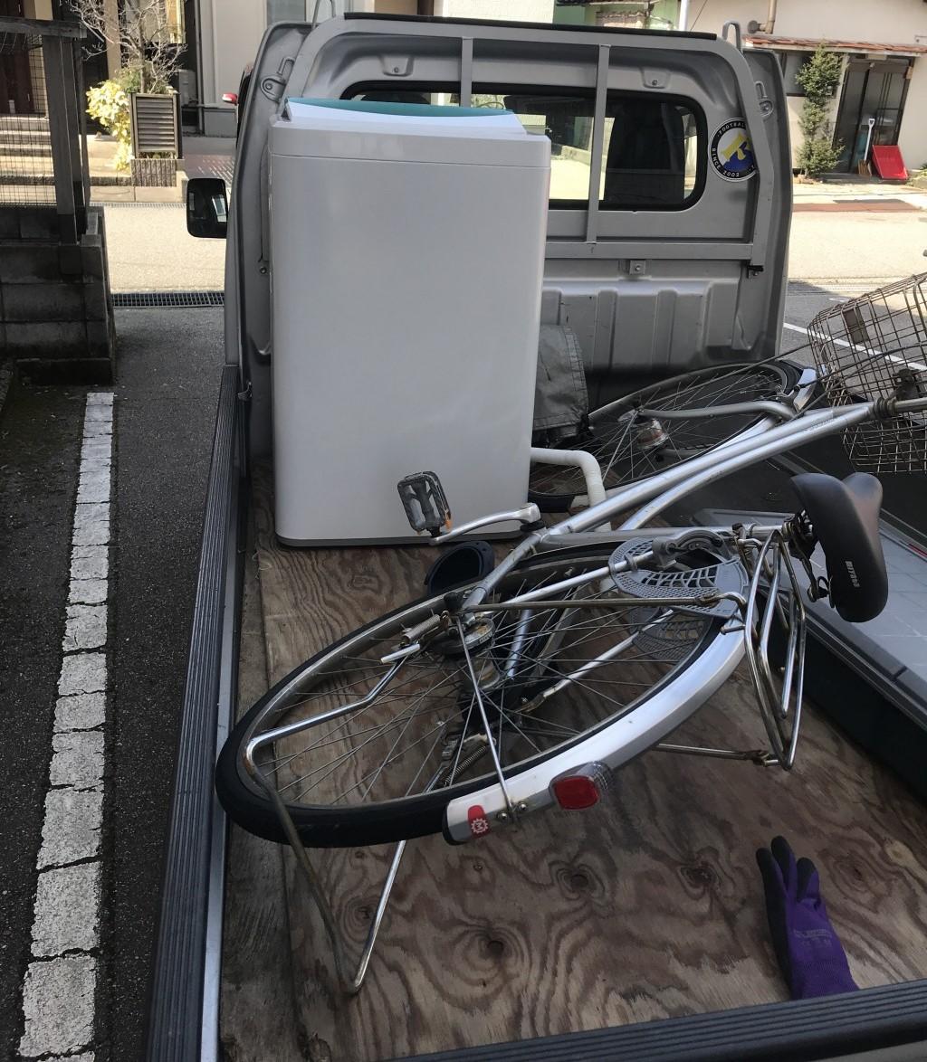【羽咋市】洗濯機と自転車の回収☆希望日時に来てくれたので助かったと大変喜んで頂けました。