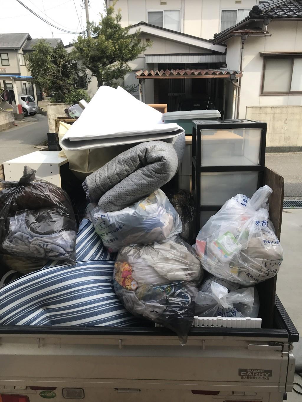 【金沢市】家具や可燃ごみなど不用品回収☆軽トラ一杯に詰めてご満足いただけました!